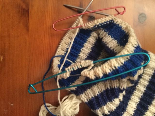 Nøsteblogg Nøstebarns blogg: Nytt liv, fra genser til jakke!