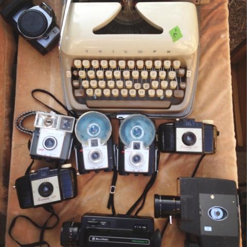 vintage cameras, fairfax flea market, vintage typewriter, flea market los angeles