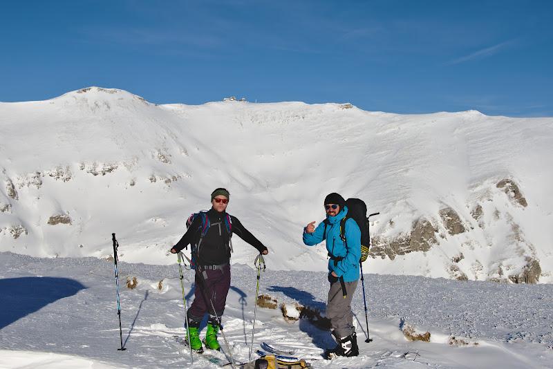 Inceput de an tot pe schiuri de tura, cu Mihai si cu Marius, pe un platou ce duce putin lipsa de zapada.