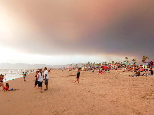 Wildfire-sky.jpg - A moody sky over Venice Beach, Calif., during a wildfire in the foothills to the east.