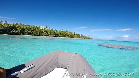 Corse in dinghy - Apataki