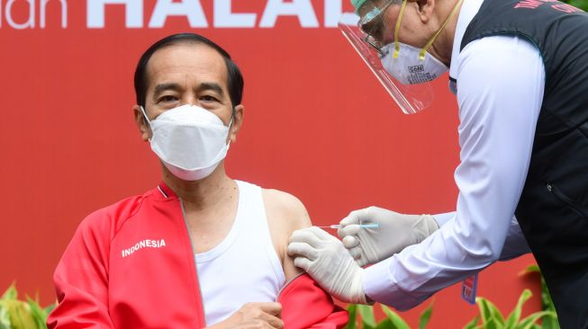 Jokowi Bikin Vaksin Berbayar, DPR: Kami Beri Catatan, Pemerintah Suka Ubah Regulasi