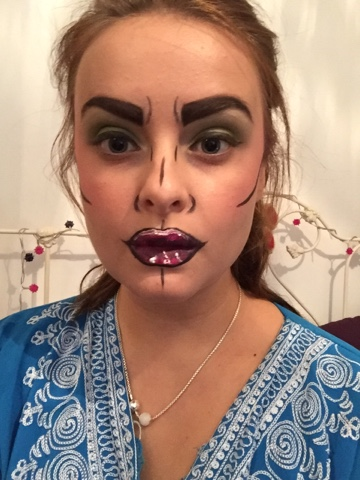 Emillie Charlotte Samantha: Halloween makeup- pop art