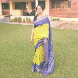 Aditi Chaudhuri Photo 15