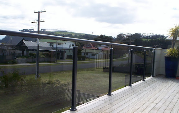 B2 Sheer Top with Hand Rail