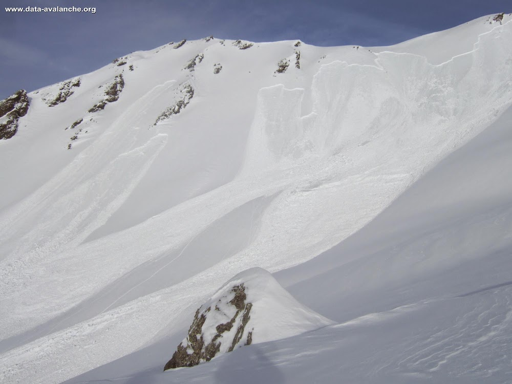 Avalanche Mont Thabor, secteur Belle Plinier, Vallon en direction du Seuil - Photo 1 - © Damas Stephane