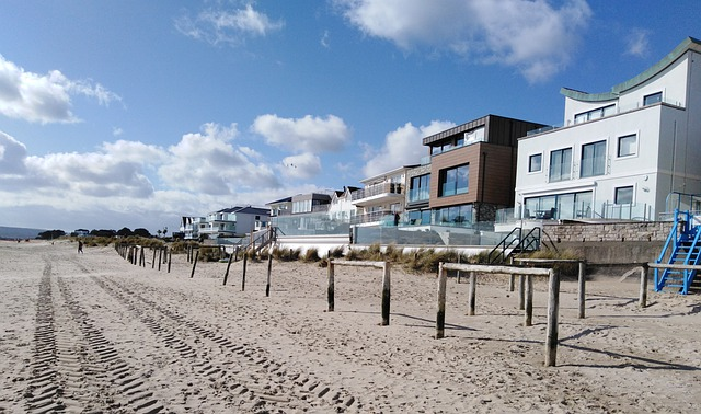 beachfront market