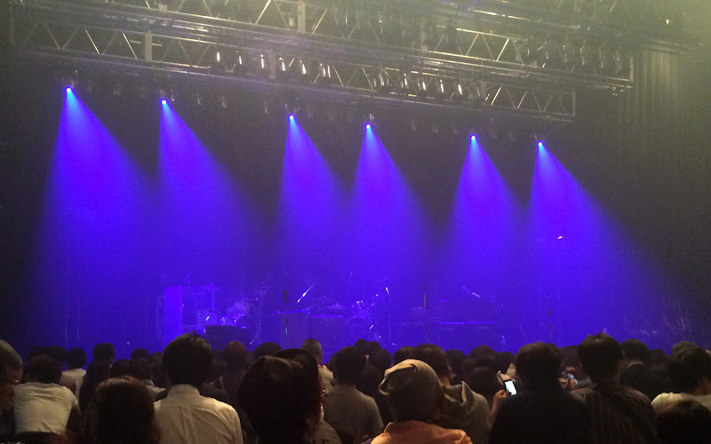 https://lh3.googleusercontent.com/-d1USgpKFl_g/Vh8LmJypG3I/AAAAAAAAmps/1OozKqAs1kw/s800-Ic42/Paul-Weller-Japan-Tour-2015-Zepp-Tokyo-08-Oct-14-2015.jpg