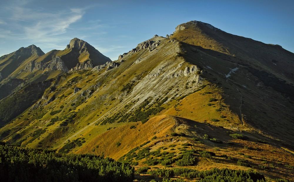 Przełęcz pod Kopą, Szalony Wierch