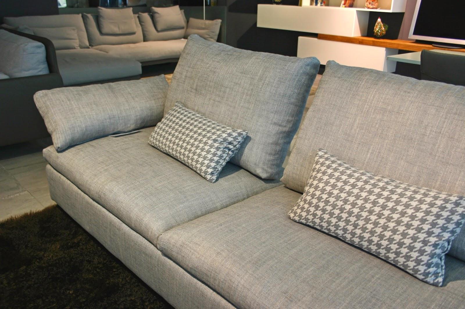 Salotti divani e poltrone in provincia di bergamo for Showroom divani milano