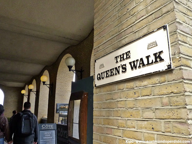 queen's-walk-londres.JPG