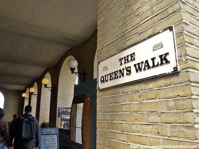 queen's-walk-londres.JPG