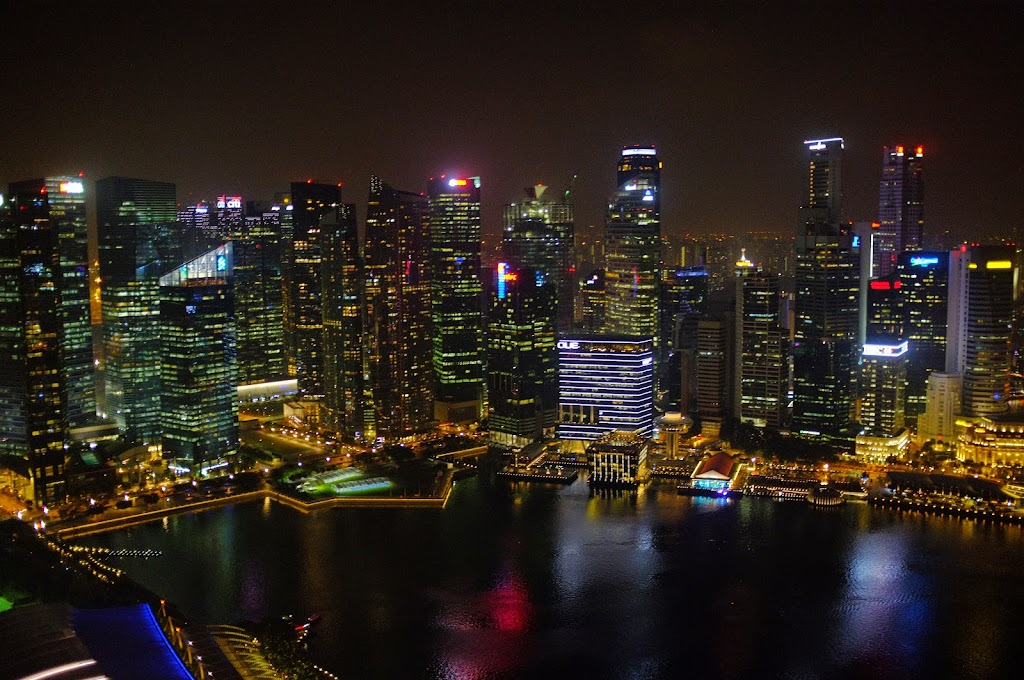 marina bay sands rooftop view night