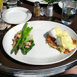brunch at Le Select in Scarborough, Ontario, Canada
