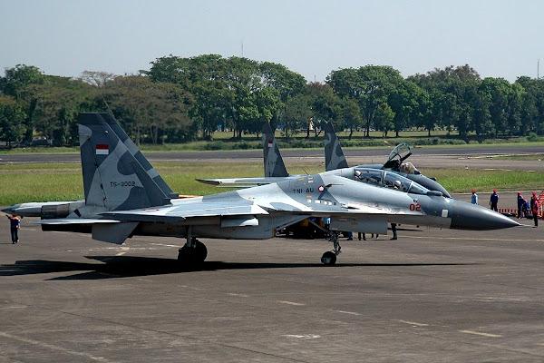 Jet Tempur Sukhoi TNI AU. PROKIMAL ONLINE Kotabumi Lampung Utara