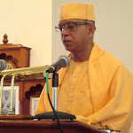 Swami Shantatmananda lecture