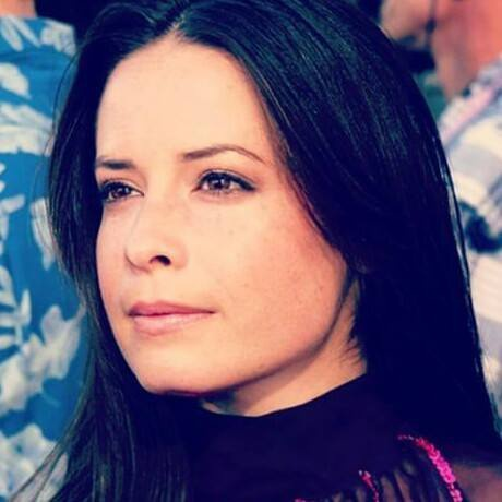 Holly Marie Combs Profile Pics Dp Images