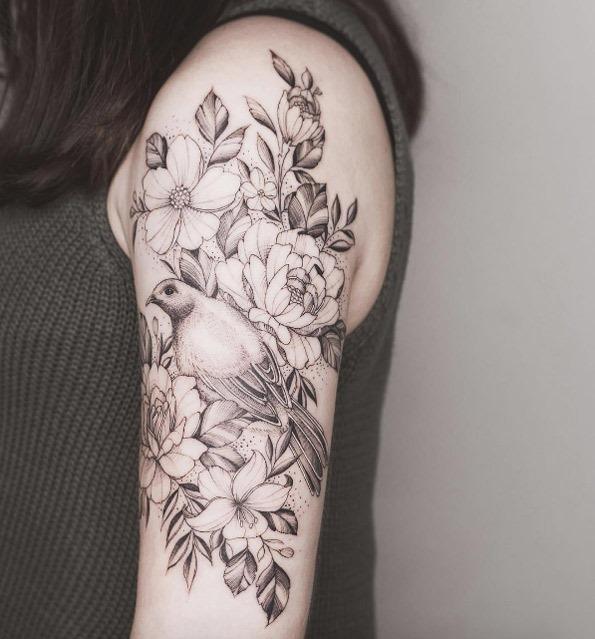 este_bellbird_com_flores