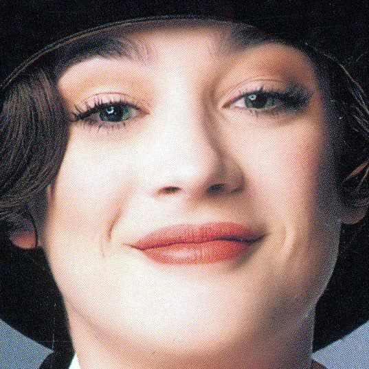 Kannada Love Quotes Wallpapers Moira Kelly Profile Pics Dp Images Hollywood Celebrity