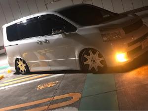 ヴォクシー ZRR70W のサスペンションのカスタム事例画像 けいじぃさんの2019年01月22日23:20の投稿