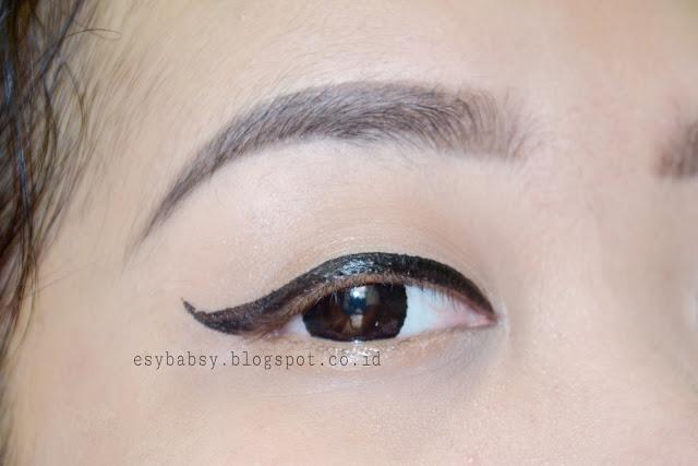 wardah-eyexpert-optimum-hi-black-liner-review-esybabsy