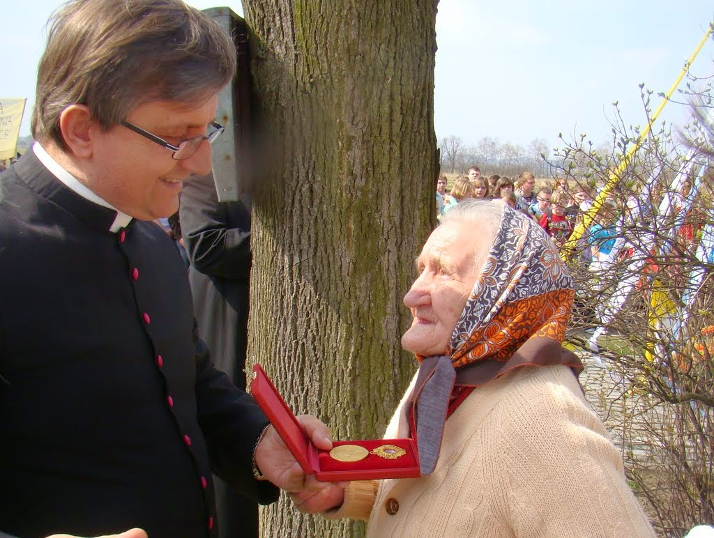 2011 - Marszowice%252C%2Bmarsz%2Bpapieski%2B31.03.2011.jpg