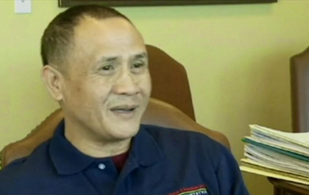 Filipino Taxi Driver Returns $300,000 in Las Vegas  Filipino Taxi Driver  Returns $300,000 in Las Vegas