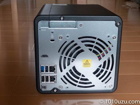 PCI-eのベイがあるが市販のブラケットは取りつけられない