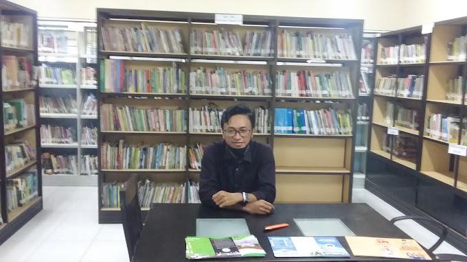 Ke Perpustakaan : Cara Gratis untuk Pintar