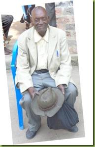 Pastor Mafuata received Bible from Mboyamba