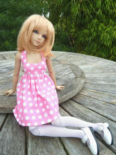 Alice (Leona JID Iplehouse) en cure de remise en forme (p 2) Essai%2520perruques15