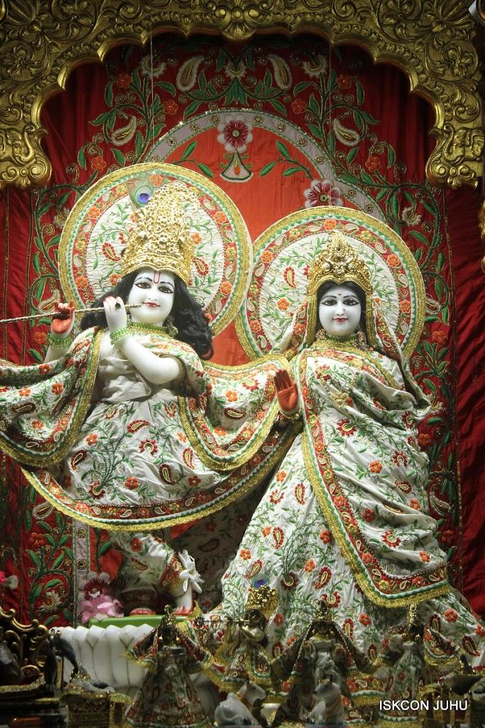ISKCON Juhu Mangal Deity Darshan on 28th June 2016 (19)
