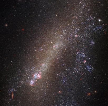 IC 1727 e NGC 672