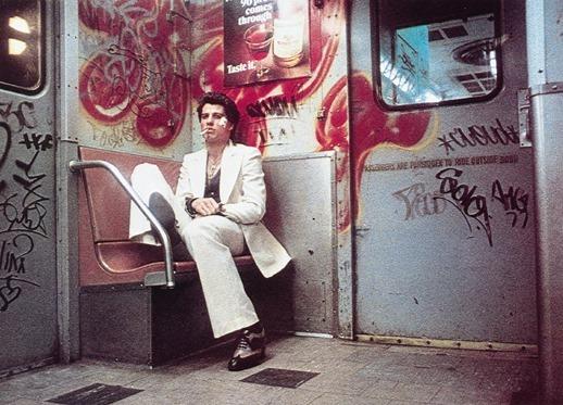 Still of John Travolta in Saturday Night Fever (1977)