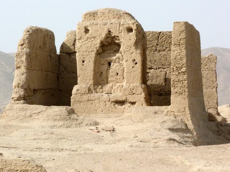 XINJIANG.  Turpan. Ancient city of Jiaohe, Flaming Mountains, Karez, Bezelik Thousand Budda caves - P1270811.JPG