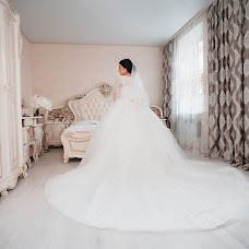 Wedding photographer Vika Sklyarova (NikaSky). Photo of 19.12.2018