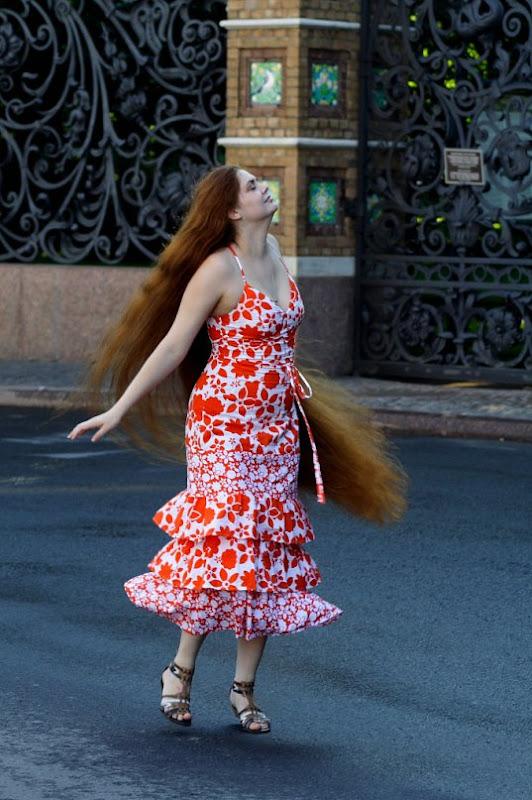 extremely long hair girl photos
