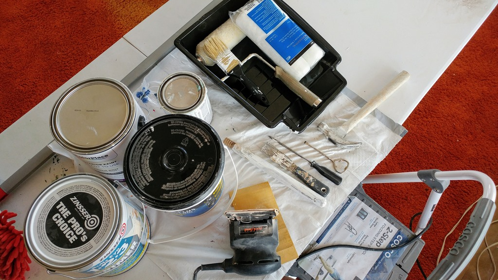 [what-to-use-when-painting-panneling5]