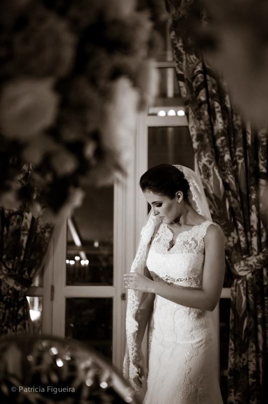 Foto de casamento 0385pb de Natalia e Fabio. Marcações: 30/09/2011, Casamento Natalia e Fabio, Fotos de Vestido, Internovias, Rio de Janeiro, Vestido, Vestido de Noiva.