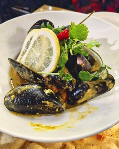 eight 1/2 restaurant - limited edition curry bisque mussels