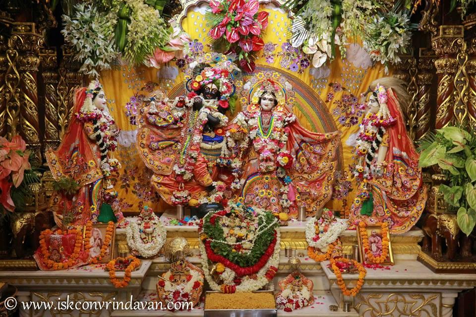 ISKCON Vrindavan Shringar Deity Darshan 11 May  2016 (15)