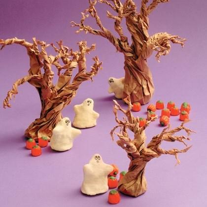 Halloween Craft: Salt Dough Ghosts