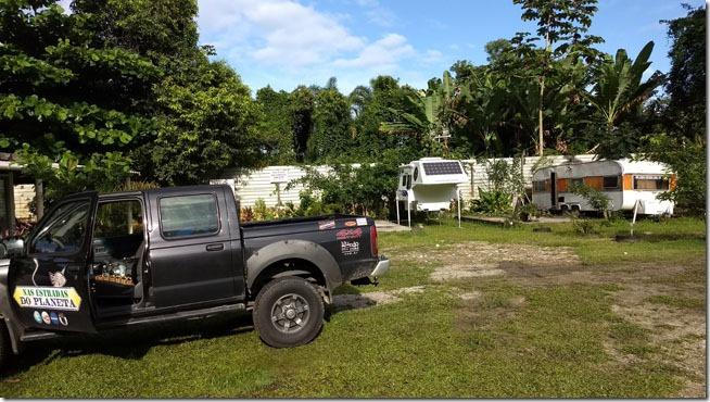 Camping-Boraceu-area-de-estacionamento-de-mh