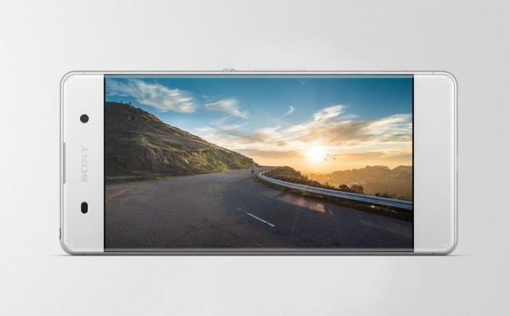 Trình diễn màn hình toàn chiều rộng của điện thoại thông minh này