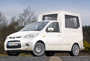 Hyundai i10 Popemobile