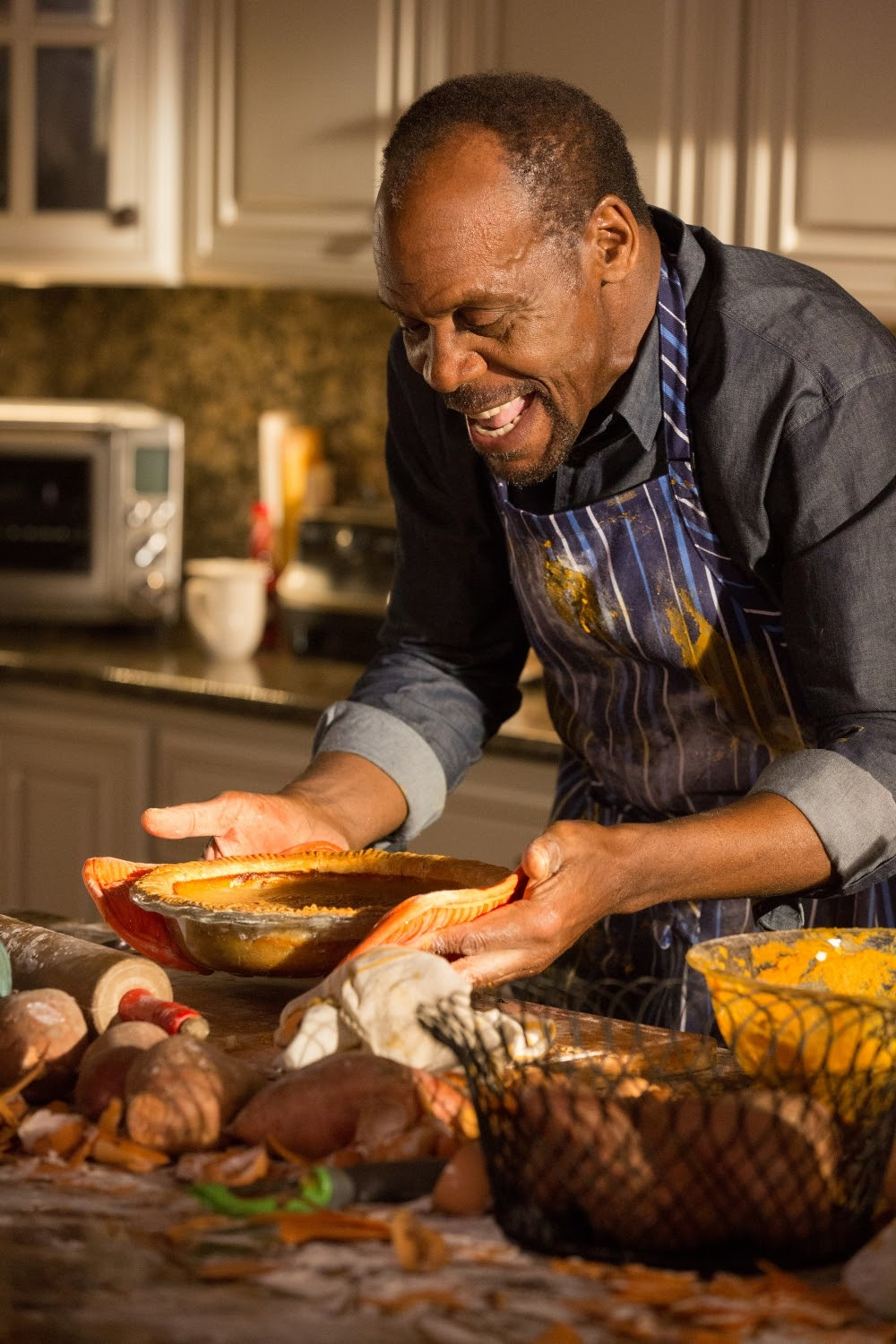 Danny Glover in ALMOST CHRISTMAS. (Photo by Quantrell D. Colbert / courtesy of Universal Pictures).