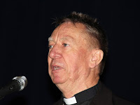 06 Dr. Beer Miklós, váci megyés püspök az egyik előadó .jpg