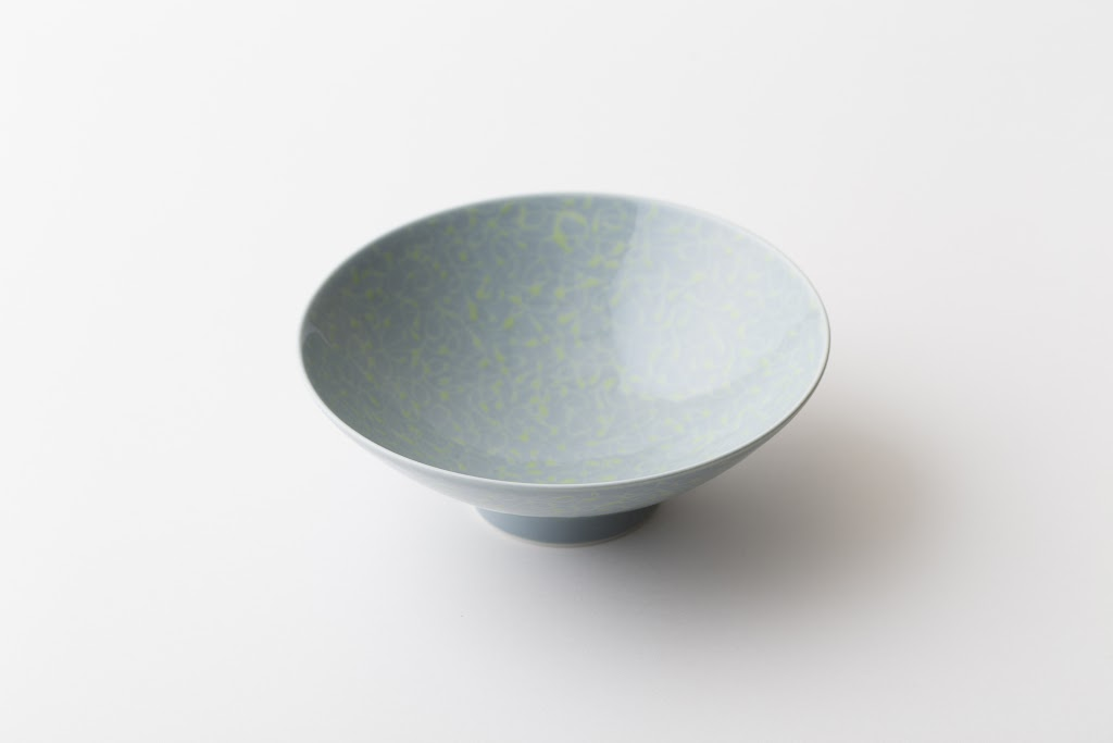 Hira-Chawan Flat Bowl (greyish blue x yellow green)