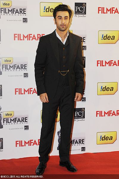 Ranbir Kapoor looked dapper as he walked the red carpet at the 58th Idea Filmfare Awards 2013, held at Yash Raj Films Studios in Mumbai.Click here for:<br />  58th Idea Filmfare Awards