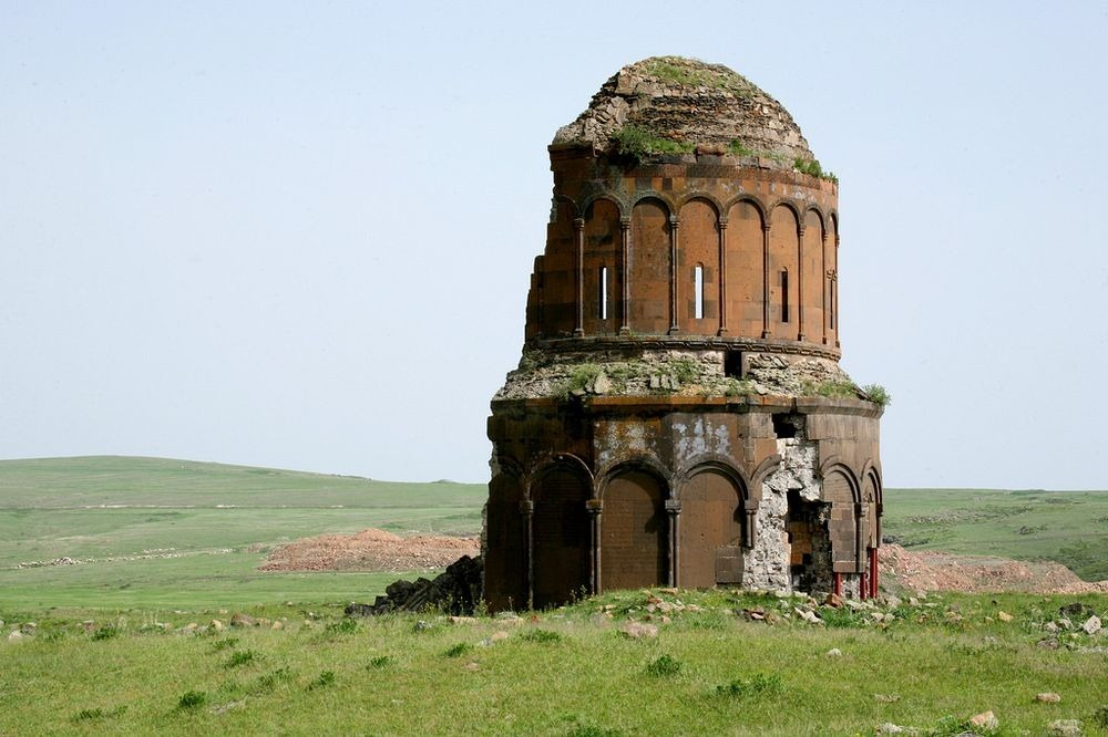 ani-ruined-churches-6
